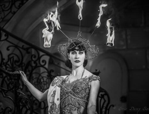 Louise De Ville – Gardienne de la Flamme